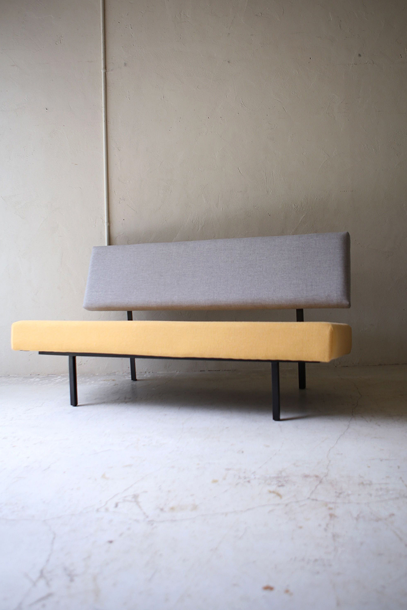 2S_daybed_3