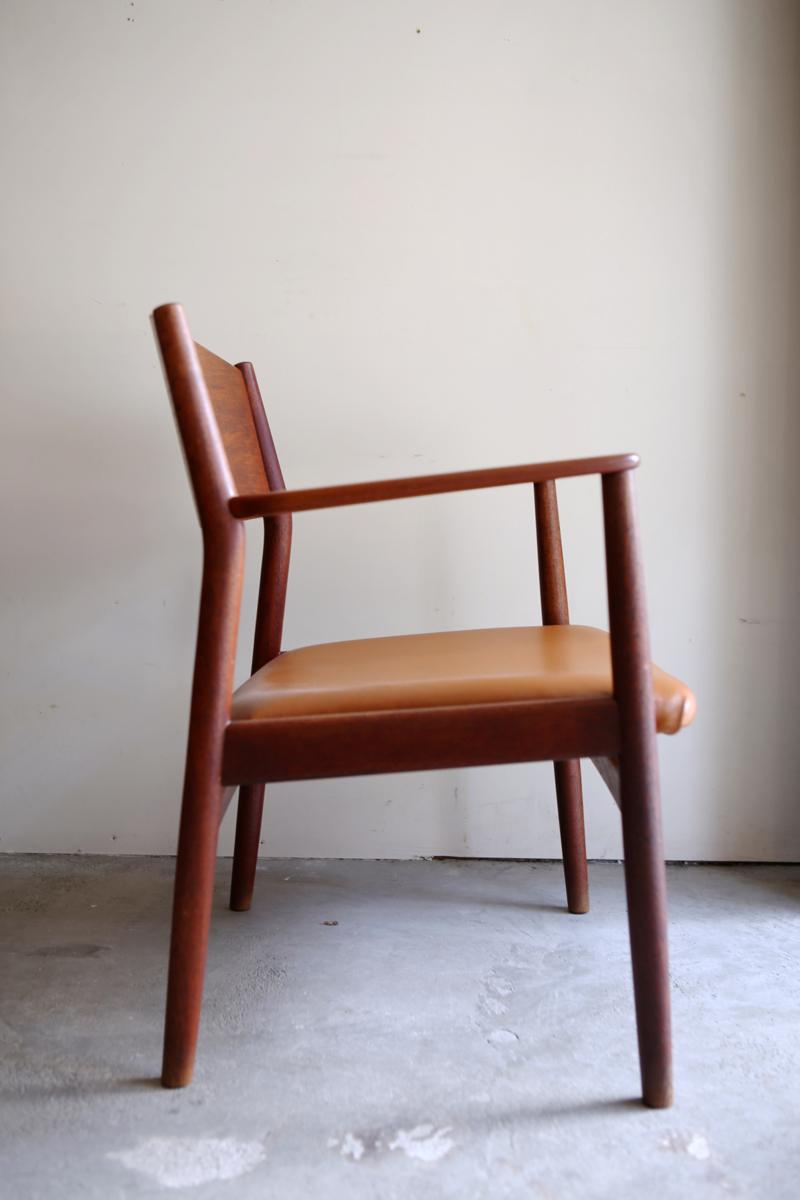 1s_armchair_8